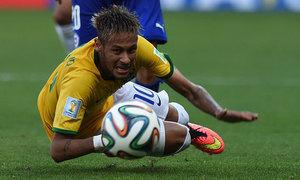 Neymar, Silva and Fernandinho in Brazil squad for Copa America