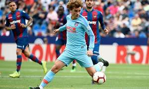 Griezmann whistled as Atletico come back to draw with Levante