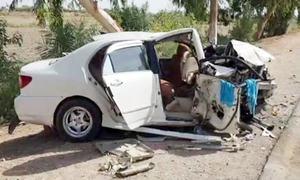 شکار پور: قومی شاہراہ پر ٹریفک حادثے میں 4 بچوں سمیت 11 جاں بحق