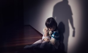 انٹرپول کا بچوں کے جنسی کاروبار کی ویب سائٹ پر کریک ڈاؤن، 50 بچوں کو بچالیا