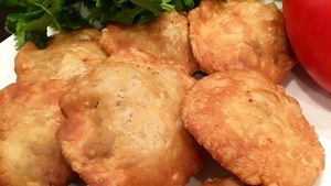 How to make perfect, crisp kachoris for any occasion