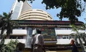 Indian shares continue to ride Modi rally; utilities, financials lead