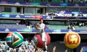 فیورٹ انگلینڈ کا ورلڈ کپ میں فاتحانہ آغاز