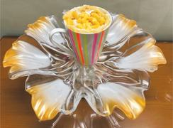 Cook-it-yourself: Mango cup cake