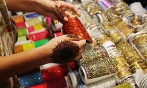 ملک میں مہنگائی کے باعث عید کی خریداری میں واضح کمی
