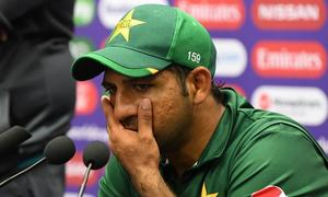 Sarfaraz urges team to improve fielding against India