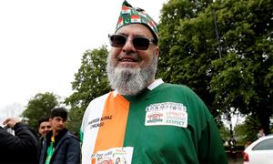 In pictures: Cricket brings together Pakistani, Indian fans across borders