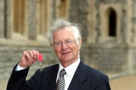 Frank Duckworth — cricket's scoring pioneer is no Einstein