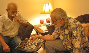 عمر رسیدہ افراد کے لیے اپنی زندگی بہتر بنانے کا آسان نسخہ