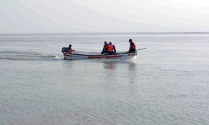 Life jackets declared must for boating in Indus