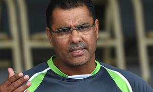 Waqar blasts senior players for overstretching their careers