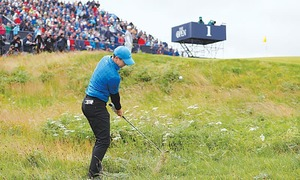 McIlroy makes nightmare start as Lowry takes early lead