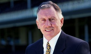Ian Chappell reveals battling skin cancer