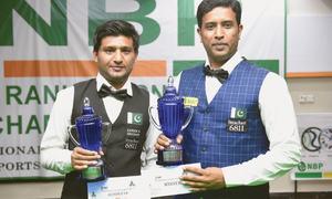 Asif edges Mubashir to regain title