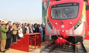 اورنج لائن ٹرین منصوبہ جنوری 2020 تک مکمل کرنے کی نئی مہلت