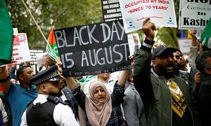 Thousands protest in Britain for Kashmir outside Indian High Commission