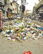 Rotten trash makes Sialkot city no-go area