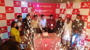 Foodpanda expands operations, turns Sialkot and Gujranwala pink