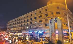 Sindh govt to replace Metropole Hotel with modern park for children, elderly