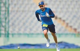 Pant urged to match daredevil batting with discipline