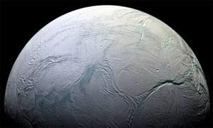زحل کے چاند پر زندگی کے لیے اہم نامیاتی مرکبات کی تصدیق