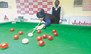 Mubashir, Sattar off to flying start at ranking snooker