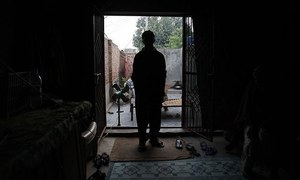سکھر میں 15 سالہ لڑکے کے ساتھ 'اجتماعی زیادتی'، 2 ملزمان گرفتار