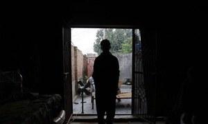 رحیم یار خان: کم عمر لڑکے کا خاتون ٹیچر پر 'ہراساں' کرنے کا الزام، مقدمہ درج