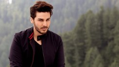 Ahsan Khan has signed on for upcoming flick Parde Mein Rehne Do