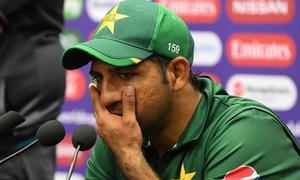سرفراز احمد کو ٹیسٹ اور ٹی20 کی کپتانی سے ہٹا دیا گیا