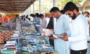 Students asked to develop reading habit