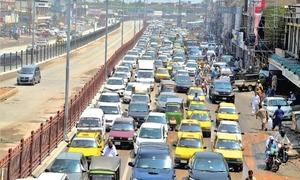 Peshawar traffic police desperately need wardens