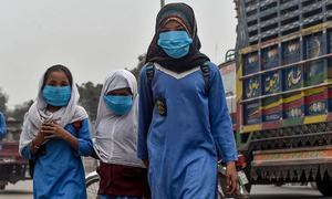 Lahore now 3rd most polluted city as air quality moves from 'hazardous' to 'unhealthy'