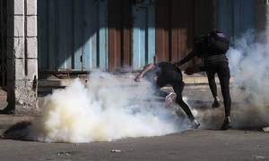Iraqi protesters cut roads, retake third strategic bridge