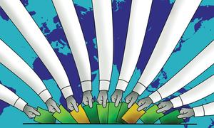 SMOKERS' CORNER: WHY DO EXPATS VOTE DIFFERENTLY?