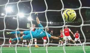 Arsenal endure worst run since 1977; Newcastle win