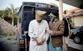 Afghan held over Peshawar bomb blast