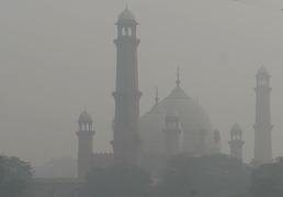 Why Pakistan needs to deal with air pollution on an emergency footing