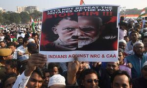 بھارت بھر میں متنازع قانون کے خلاف مظاہرے