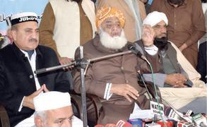 Fazl demands fresh polls ahead of Gen Bajwa's extension
