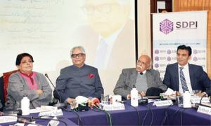 'Iftikhar Arif among few poets who depicted pain of displacement'