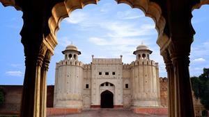 لاہور: شاہی قلعے میں شادی کی تقریب پر کمپنی کے خلاف مقدمہ درج