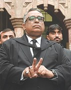 LHC throws out death penalty for Musharraf