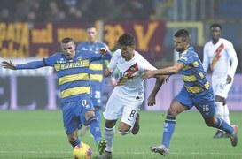 Pellegrini double lifts Roma past Parma