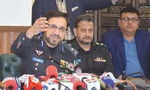 وفاق کا حکومت سندھ کی درخواست پر آئی جی کلیم امام کو فوری ہٹانے سے انکار
