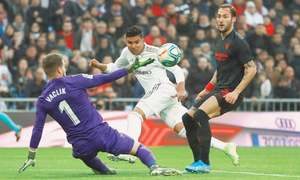 Casemiro helps Real down Sevilla