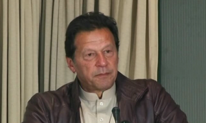 PM Imran calls on business community to pay taxes for sake of country's prosperity