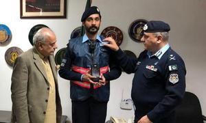 اسلام آباد پولیس نے وردی پر نصب کیمرے کا باقاعدہ استعمال شروع کردیا