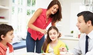 فیملی روٹین کیا ہے اور یہ بچوں کی بہتر پرورش میں کیا کردار ادا کرتی ہے؟