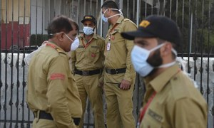 CM orders evacuation as death toll from toxic gas in Karachi's Keamari area rises to 7